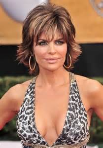 achieve rinna haircut lisa rinna short layered hairstyle actress and fashionista lisa rinna male models picture