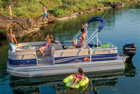 bass pro houseboats sun tracker pontoon boats newparty barge 22 dlx boattest