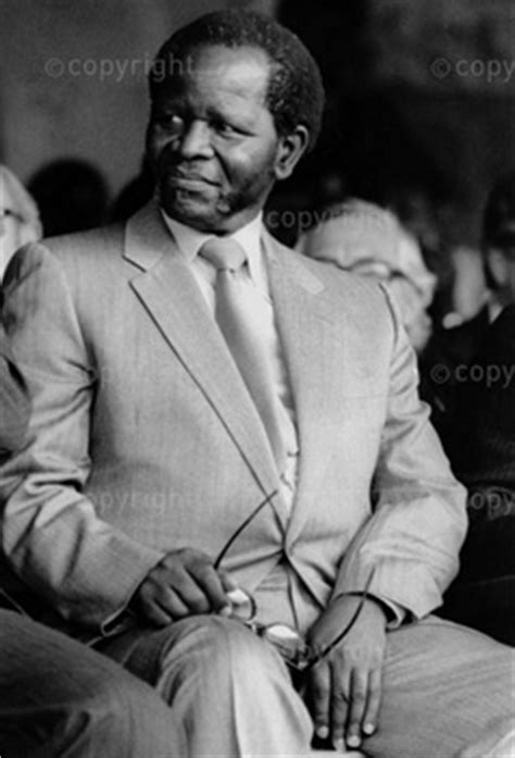 Oliver Tambo, Non-Allaigned summit | South African History
