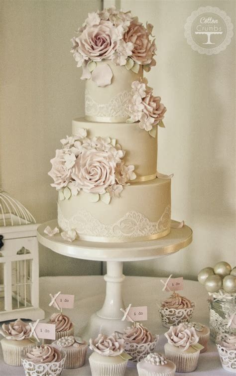Gorgeous Lace Wedding Cakes   Belle The Magazine