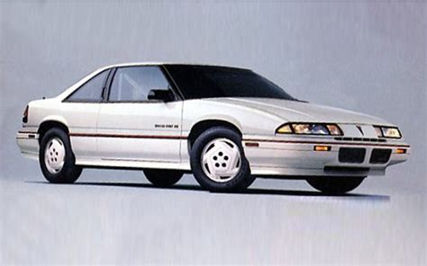 how does cars work 1988 pontiac grand prix electronic throttle control car of the year winners 1949 present motor trend