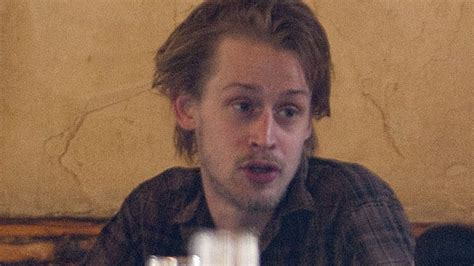 home alone actor now drug addict macaulay culkin s publicist he s not addicted to heroin