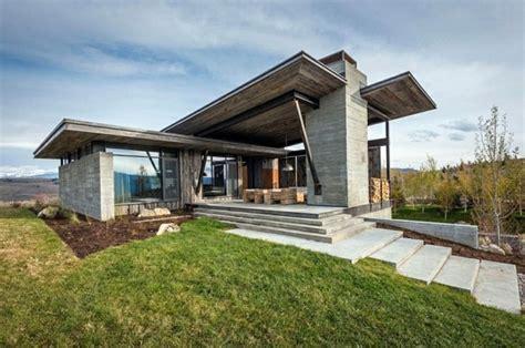 contemporary mountain cabin gorgeous mountain cabin in a modern contemporary style