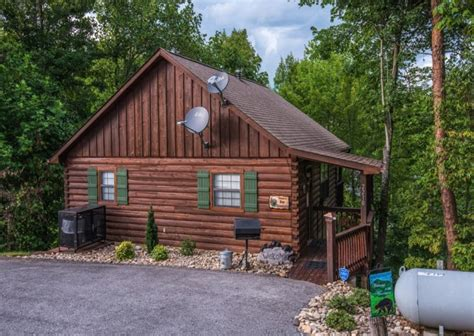 Pigeon Forge Cabin by Pigeon Forge Cabins Essentials
