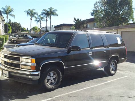 c1500 picture of 1995 chevrolet suburban 4 dr c1500 suv