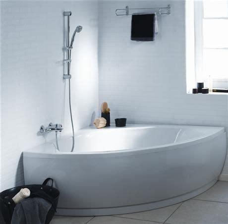baignoire brossette baignoire d angle matea 120x120 cm blanc acrylique p016601
