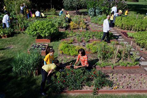 Michelle Obama S White House Vegetable Garden Will Likely White House Vegetable Garden