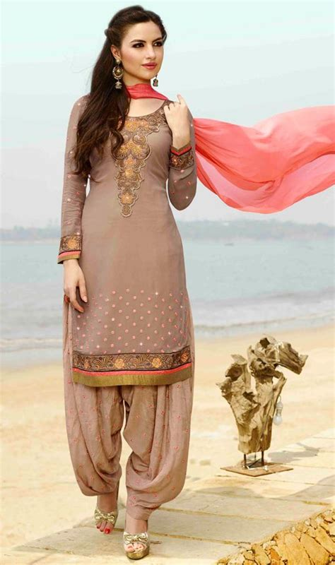 punjabi grls suit long hair hairstyles with punjabi suits hairstylegalleries com