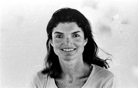 jackie kennedy jacqueline kennedy onassis s is a profile in courage