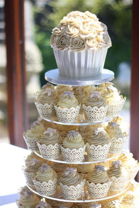 Wedding Cake Holder by Cupcake Cupcake Holder Tiered Wedding Cake Stand