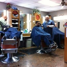 haircut austin guadalupe wooten barber shop 12 fotos y 55 rese 241 as barber 237 as