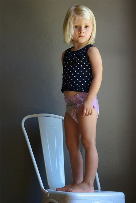 potty training girls open legs oleander and palm 5 potty training tips