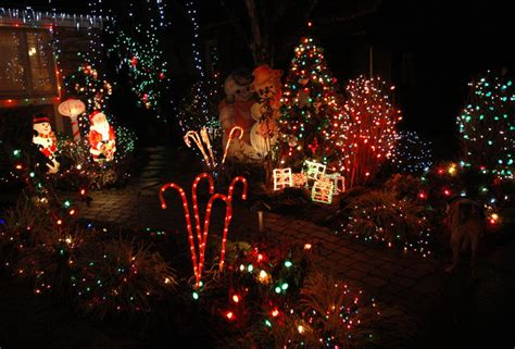 christmas lights best decorated streets in the