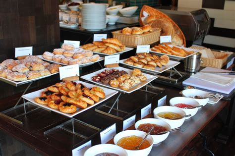 zest restaurant hotel breakfast buffet