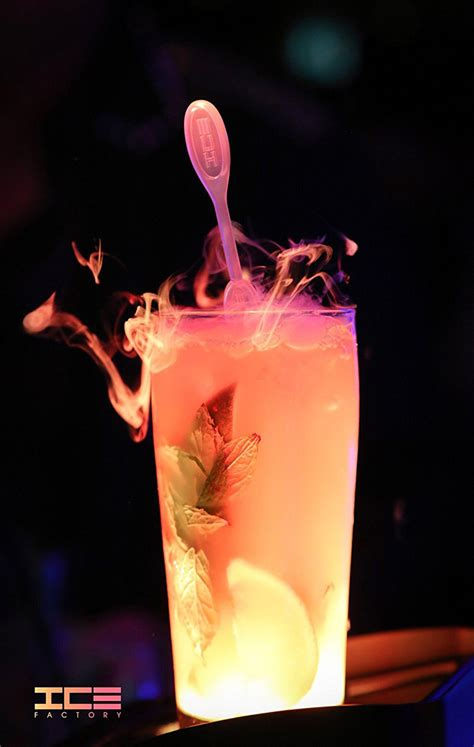cocktail effect icicle drink stirrers create smoky cocktail