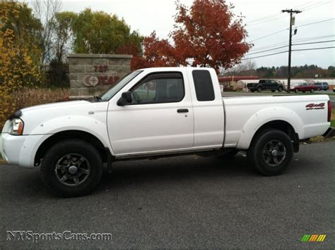 2003 nissan frontier xe v6 king cab 4x4 in avalanche white