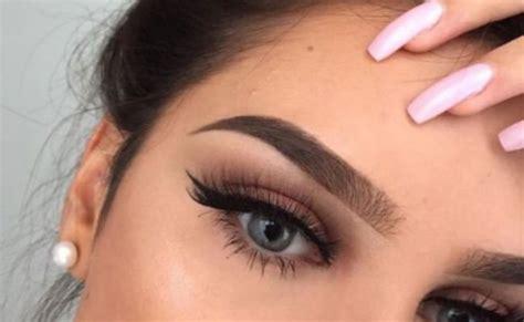 imagenes de uñas mal pintadas logra cejas perfectas para que tu rostro luzca estilizado