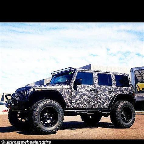 jeep wrangler in digital desert camo digital camo jeep wraps