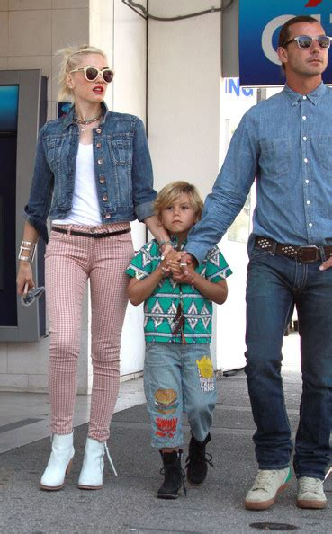 How Gwen Stefani Spent Mothers Day by Kingston Rossdale Photos Photos Gwen Stefani And Family