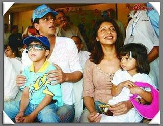 bollywood for entertainment: shahrukh khan family