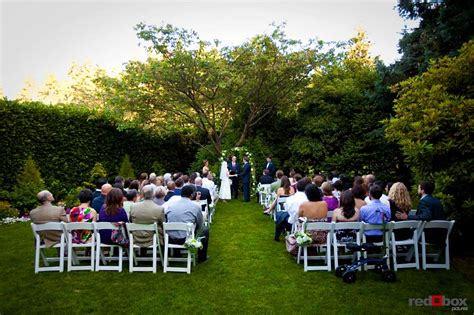 robinswood house wrapping up the year in weddings bride groom wedding ceremony robinswood house
