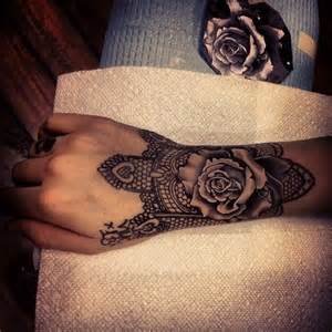things you must know before getting wrist tattoos