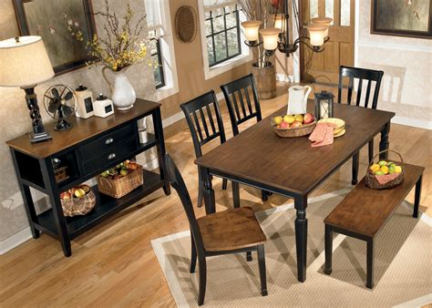 Owingsville Dining Room Bench Owingsville Large Dining Room Bench From D580 00