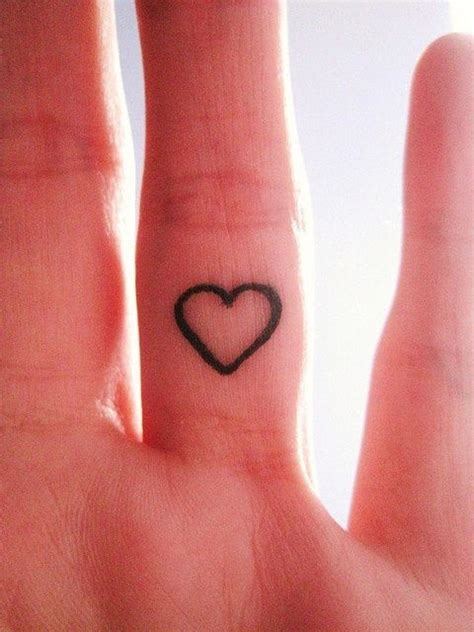 finger heart tattoo 25 best ideas about on finger on
