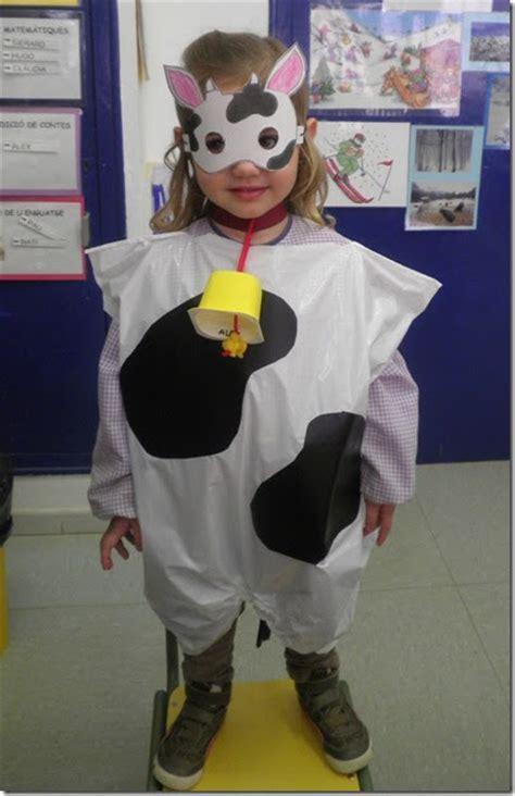 disfraz de vaca reciclable disfraz de vaca con bolsa de basura colorear dibujos
