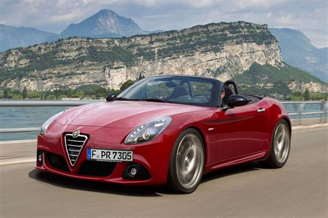 new alfa romeo spider due in 2015 auto express