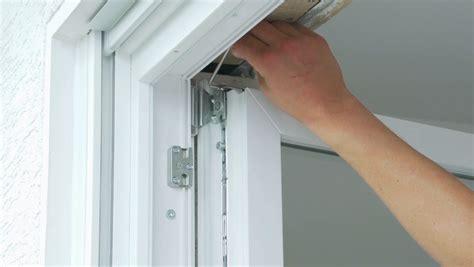 Anpressdruck Fenster Einstellen by Fenster Einstellen Fensterhai 174