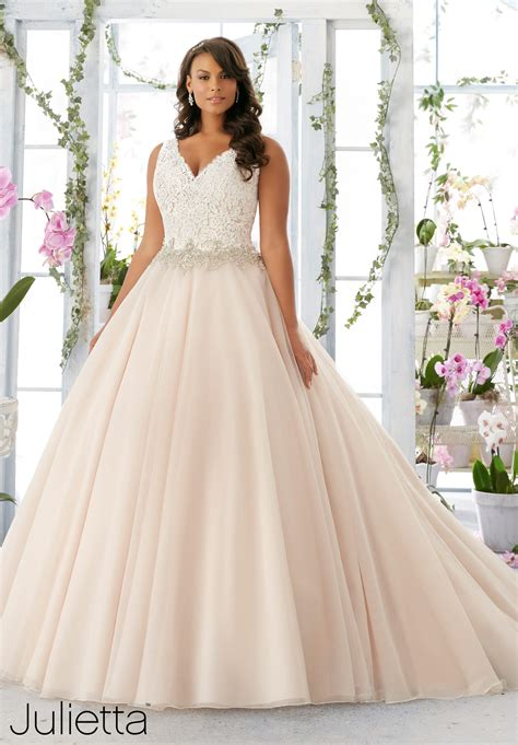 Plus Size Wedding Dresses On Plus Size Models by Plus Size Wedding Gowns Mori Julietta Collection