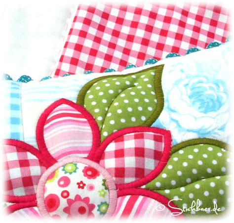 Patchwork Pillow - der stickbaer flower patchwork pillow embroidery from