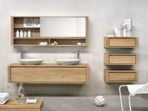 Attrayant Castorama Miroir Salle De Bain #6: Bad-Set-Massivholz-Spiegelschrank-seitliche-Ausz%C3%BCge-wandh%C3%A4ngend-Eichenholz-Ethnicraft.jpeg