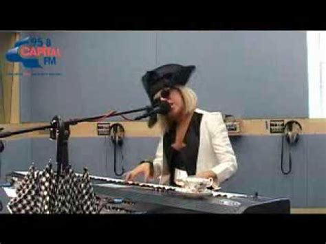 Lady gaga paparazzi acoustic piano mp3 free