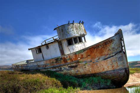 boat junkyard wi 48 eerily intriguing shipwrecks