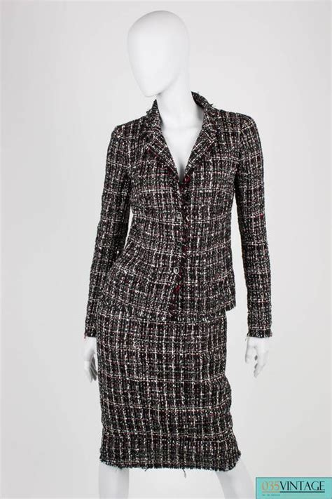 21846 White Grid Style Two Pcs Suit chanel suit 3 pcs jacket skirt and tie black white grey