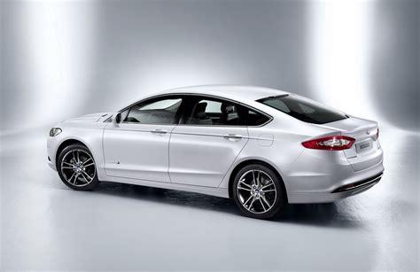 car   future  ford mondeo wagon sedan announced