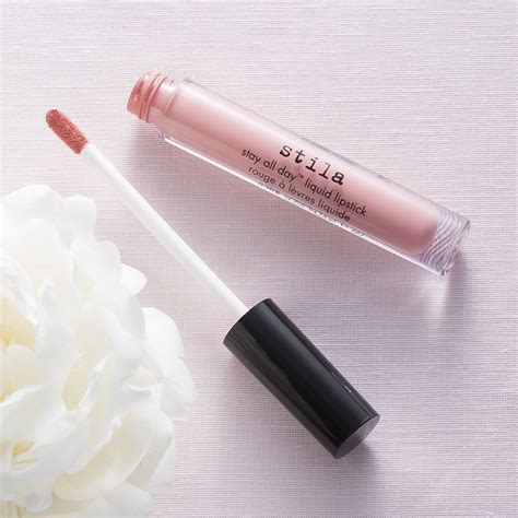 Lipstik Stila 6 produk lipstik paling tahan lama ini harus kamu coba