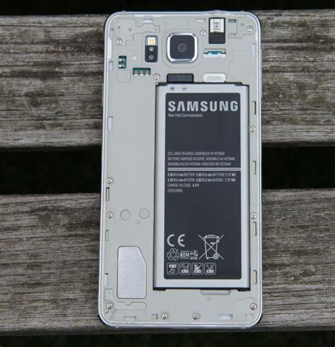 themes samsung alpha samsung galaxy alpha review a truly desirable smartphone