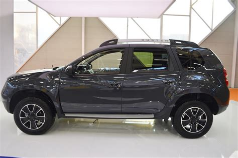 renault duster black dacia duster black shadow edition looks slick and renault