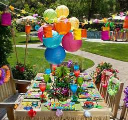 party city serves up chic luau party ideas for a polynesian paradise