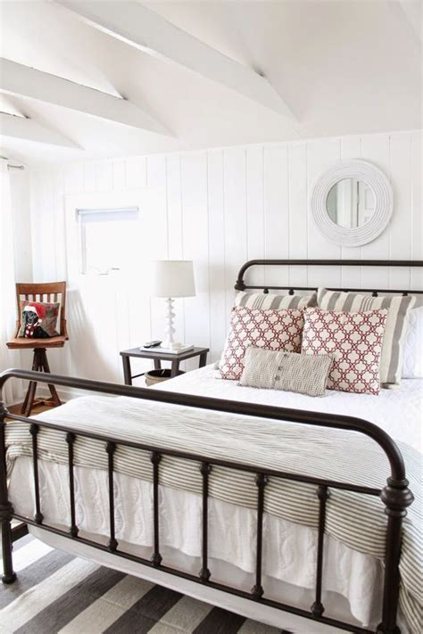 Pretty Metal Bed Frames 25 Best Ideas About Metal Beds On Pinterest Metal Bed Frames Hamming Distance And Iron Bed