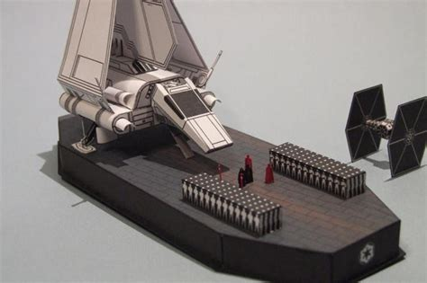 Starwars Papercraft - wars the emperor arrives diorama free papercraft