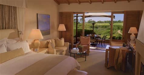 resort  pelican hill garden bungalow  newport beach california