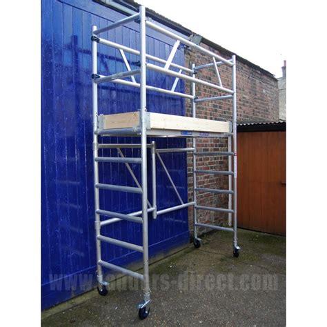 aluminium mobile scaffolding clow aluminium folscaf mobile folding scaffold ladders