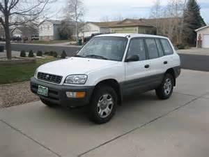 Southeast Toyota Distributors 1999 Toyota Rav4 Vin Jt3gp10v2x7055096 Autodetective