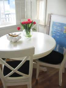 white kitchen table and chairs signs of at home in my kitchen maegan