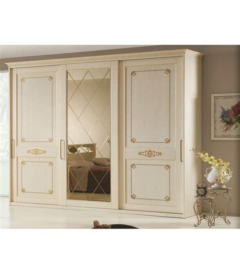 armadi ante scorrevoli specchio armadio epoca 3 ante scorrevoli con specchio