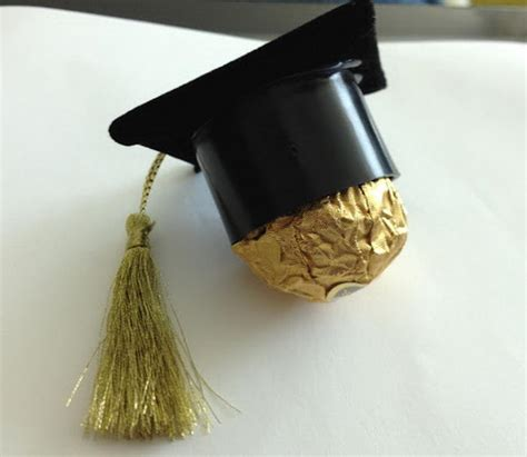 Graduation Party Giveaways - 10 creative graduation party favor ideas hative